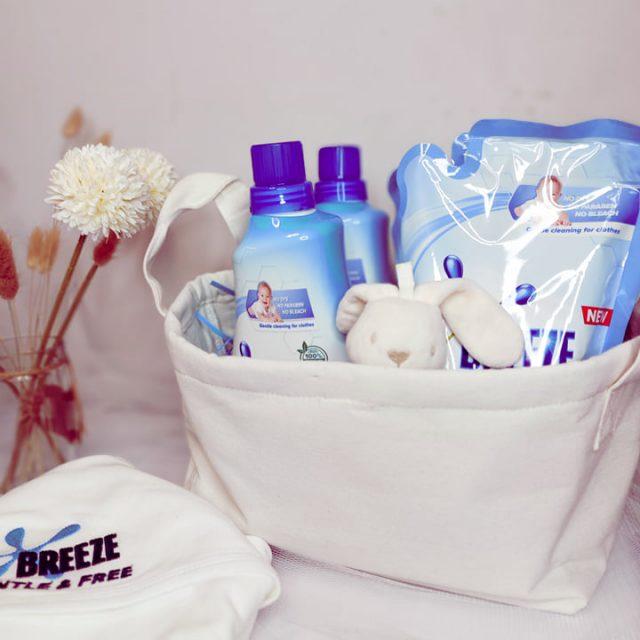 Gentle Breeze and Free Liquid Detergent